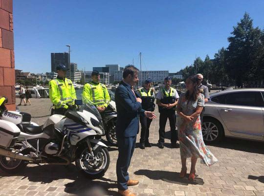 Bart De Wever en Zuhal Demir lanceren parkeerapp