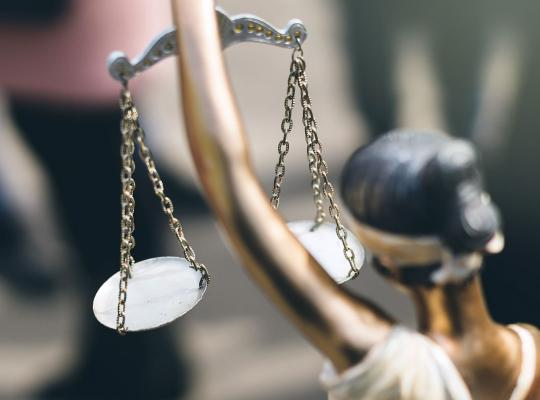 Justitie blijft verder vervrouwelijken